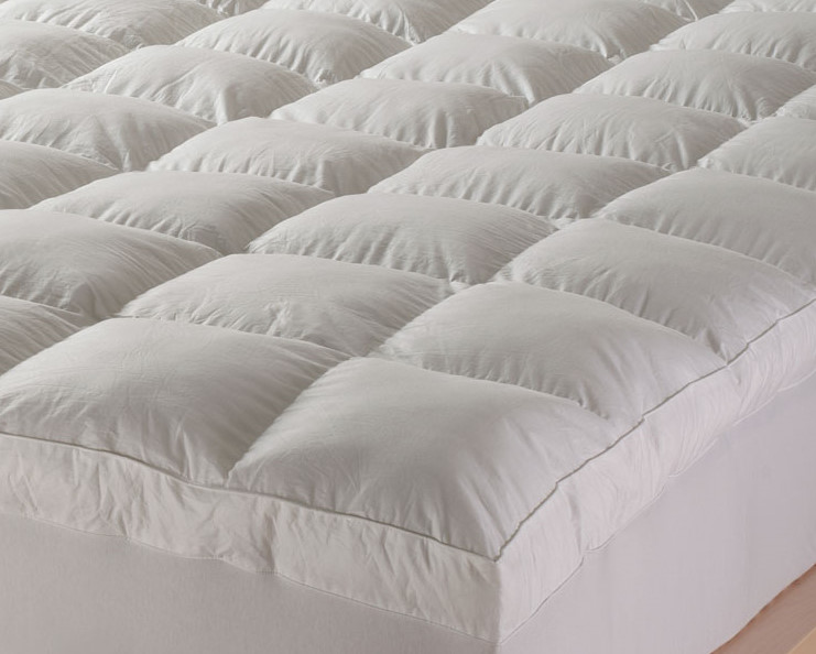 down mattress topper queen Feather Mattress Topper   Review & Top 3 Feather Toppers down mattress topper queen